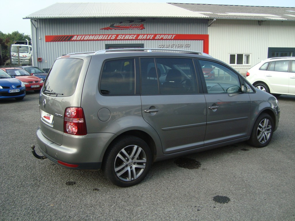 volkswagen touran 2 0 tdi 140 confortline 7pl serge have sport. Black Bedroom Furniture Sets. Home Design Ideas